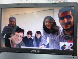 NET-GTAS事務局のPC画面に映し出されたエアフルトの学生と先生たち