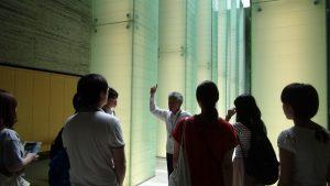国立長崎原爆死没者追悼平和祈念館を見学する